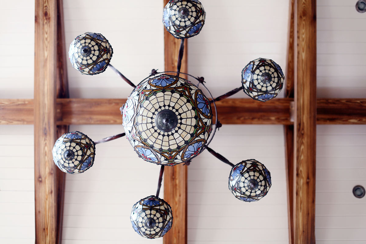 保利叶上海实景 西班牙风格装修吊灯效果图