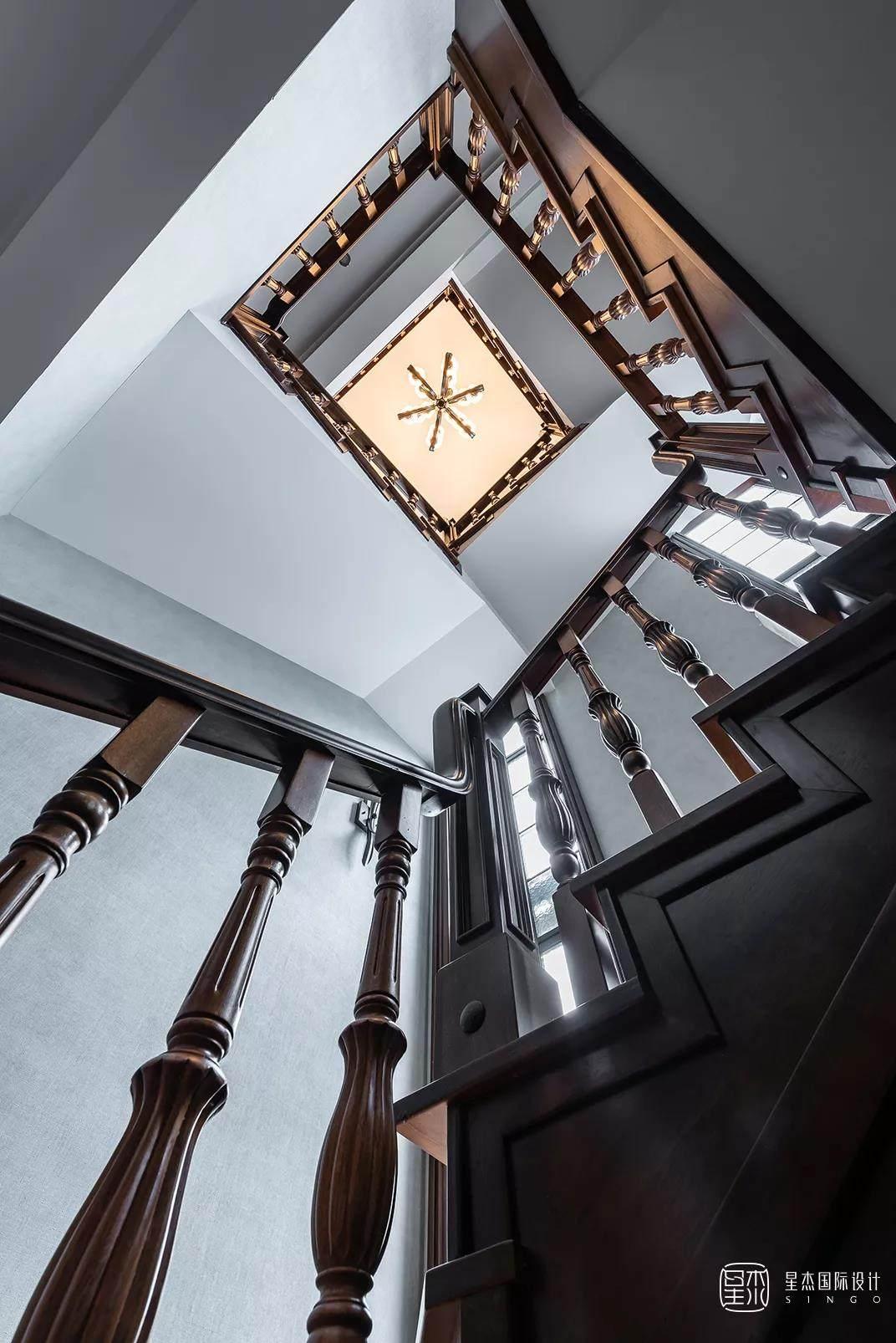 三层楼梯设计