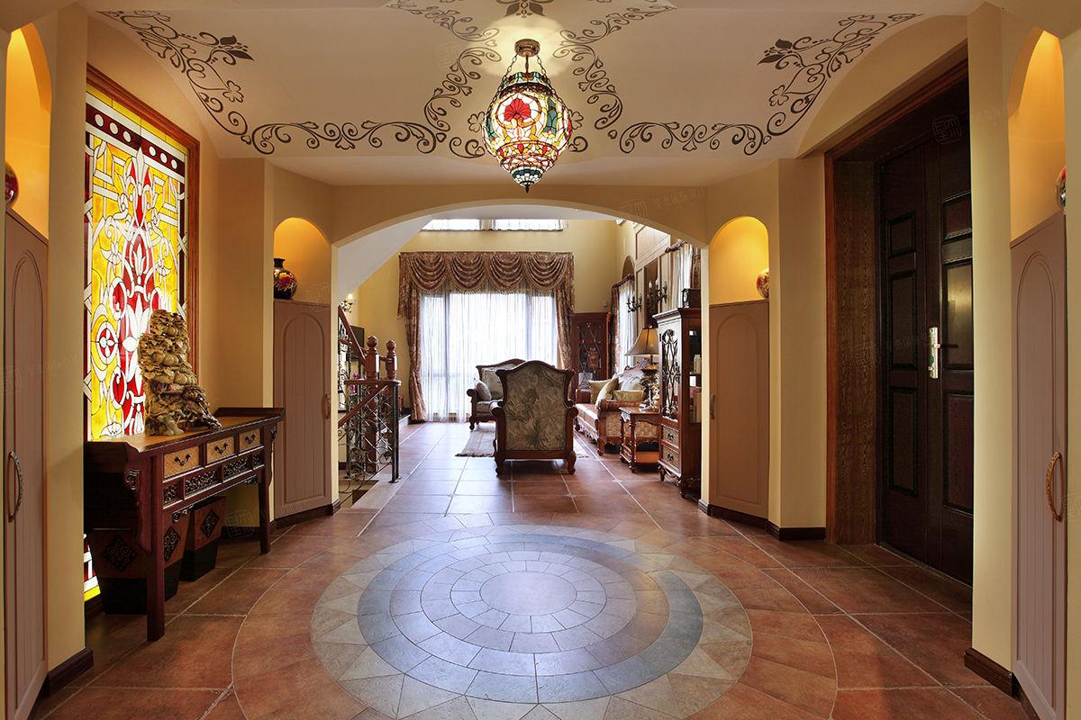 保利叶上海实景 西班牙风格装修门厅效果图