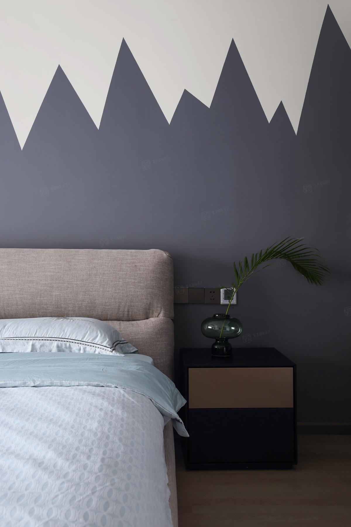绿地晶萃___现代法式装修卧室效果图